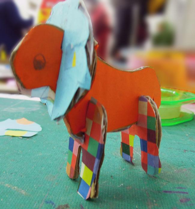 カラフル折り紙ライオンのボディー