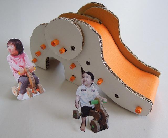 ゾウさん滑り台模型