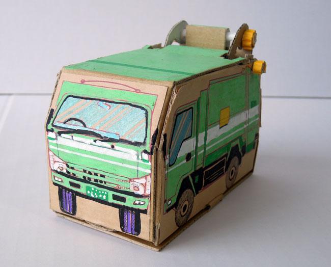 ごみ収集車模型